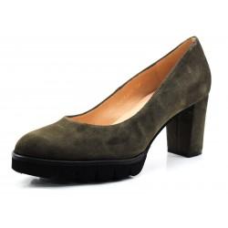 Zapato Gadea salón verde